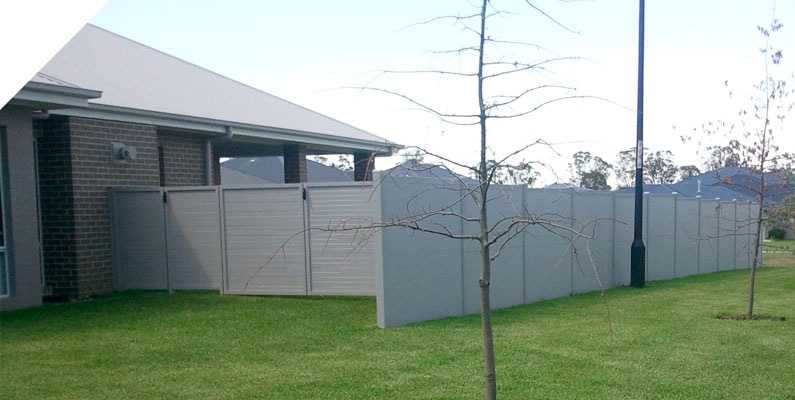 Residential acoustic barrier boundary fence